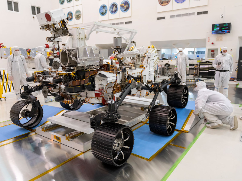 All the six wheels of the rover will be fitted with motors. Credit: NASA / JPL-Caltech.