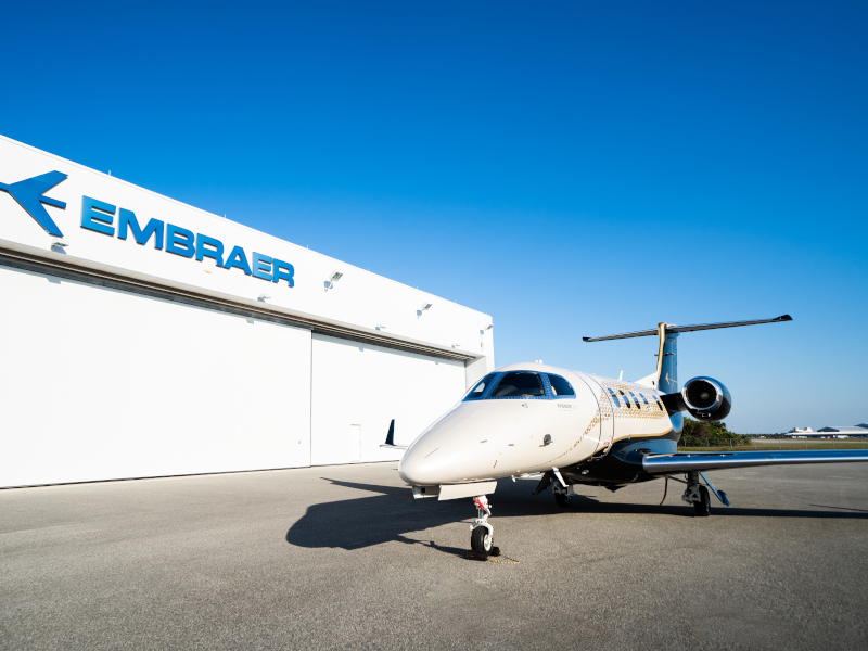 The Phenom 300E business jet offers 4G connection through Gogo AVANCE L5. Credit: Embraer S.A.