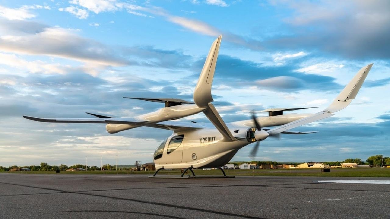 Alia-250 eVTOL aircraft has a maximum take-off weight of 2,721kg. Credit: BETA Technologies.