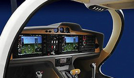 Diamond Aircraft's DA50 Magnum cockpit / avionics