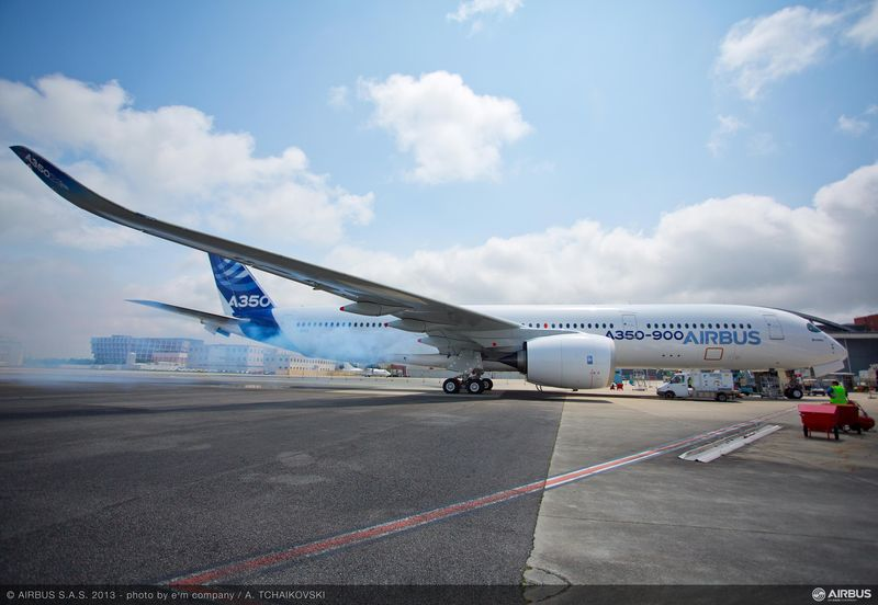 airbus powers a350 xwb with first rolls royce trent xwb engines
